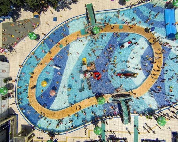 An overhead view of the Mengzhuiwan pool in Chengdu, Sichuan province in China. Zhang Zhi. Courtesy of SkyPixel.